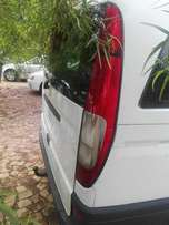 Stripping Mercedes Vito 115 CDI for Spare Parts