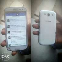 Samsung S3 (white) for sale at affordable price