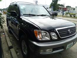 Fairly Used 2000 Lexus LX470 For N2.3M