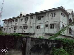 Uncompleted 4flat & 2big warehouse at abule-oshun