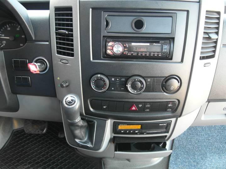 Mercedes-Benz 316 Sprinter CDI/11 Sitze/EURO 5/Klima/179181 KM - 2013 - image 18