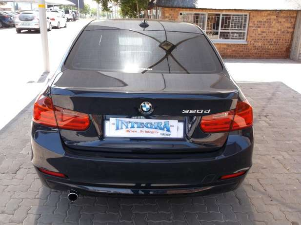 2013 BMW 320D A/T (F30) Roodepoort - image 6