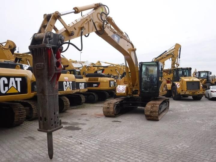 Caterpillar 318CL - 2006 - image 11