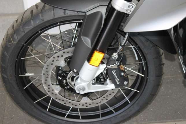 BMW R1200GS LC Triple Black Special Edition (Assistance) Bloemfontein - image 4