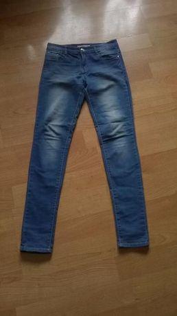 e43f14f539e27 Spodnie dżinsowe jeansy niebieskie zwężane nogawki rurki Poznań - image 2