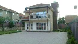 Munyonyo house with lake view for sale