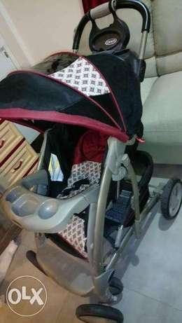 Graco baby stroller/trolley in excellent neat and clean condition