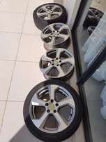 "Golf 7 17"" pcd-5/112 x 4 rims with two tyres."