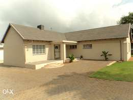 House to rent in Rhodesfield(Kempton park)