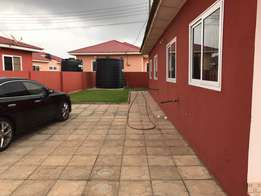3 bedrooms self compound for rent