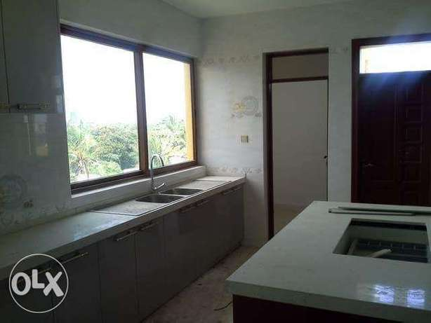 Executive Modern Build 3 Bedroom Apartment with swimming pool Nyali - image 2