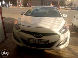 Hyundai i30 1.8 available For Sale