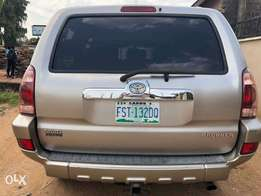 very neatly used 2005 toyota 4Runner with v6 Engine