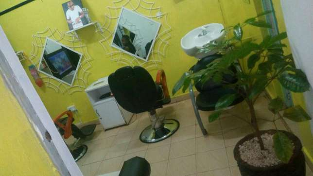 Beauty and barbershop renting stations per month at a classic spa Nairobi CBD - image 1