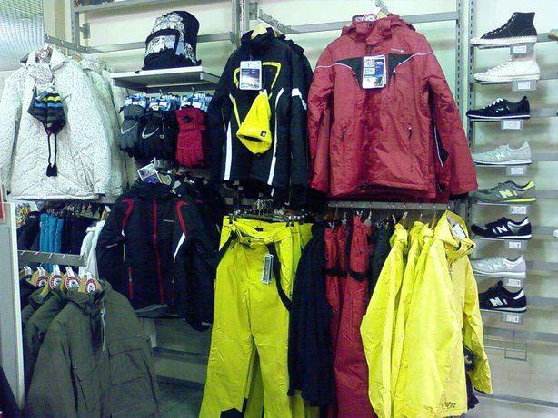 Торгове обладнання б у (торгові меблі та стелажі) для магазину одягу Львів - 527a08785a375