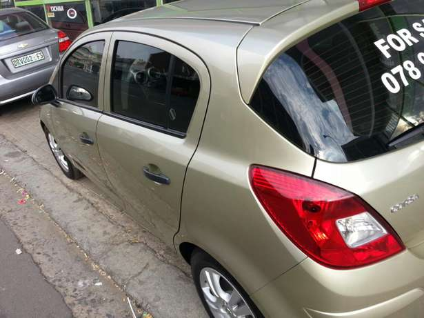 2009 Opel Corsa Essential Bayswater - image 2