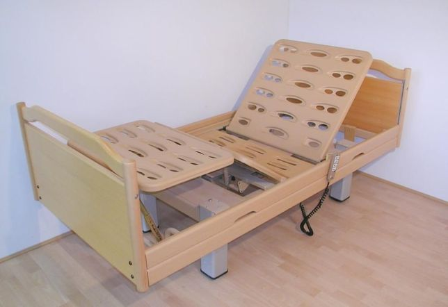 Najnowsze Bardzo ładne łóżko rehabilitacyjne Stiegelmeyer Regenta Drewno CV01