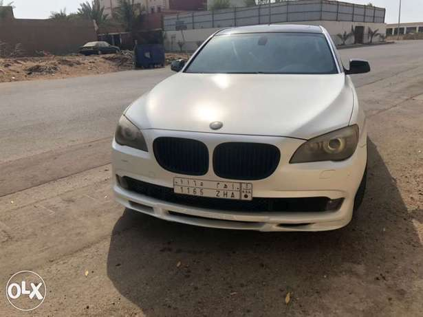 BMW 730 with a B7 Alpina kit جدة -  8