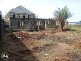 [4 Bedroom{ensuite] uncompleted Bungalow for sale