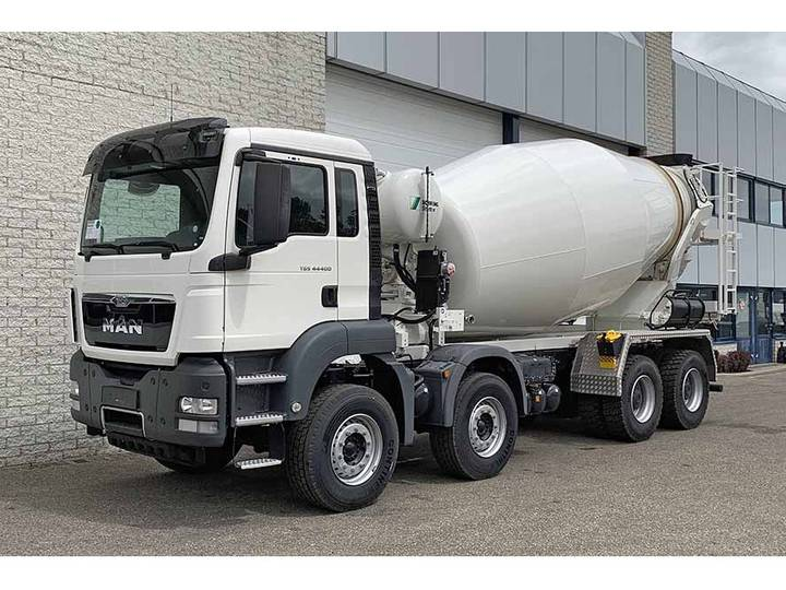 MAN TGS 44.400 BB-WW 8X4 CONCRETE MIXER (8 units)