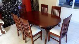 Dinning table oval six seater