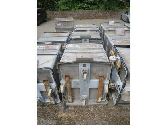 Sale 3 aluminum tanks waste container for  by auction