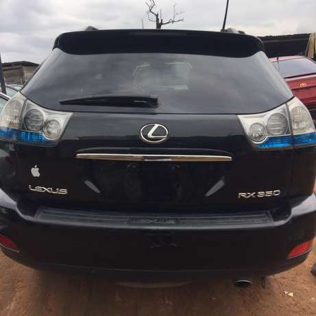 registered 2009 model Lexus RX350 Ikeja - image 5