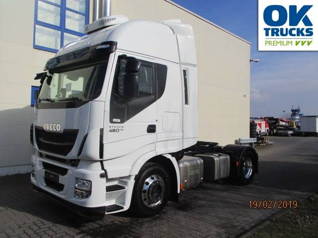 Iveco Stralis AS440S46T/P Euro6 Intarder Klima Navi Luftfeder ZV Standhzg - 2015