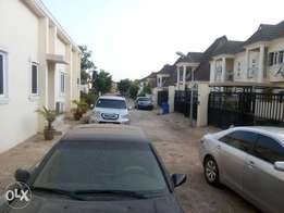 4bedtooms Terrace duplex fort sale in Lugbe Abuja!