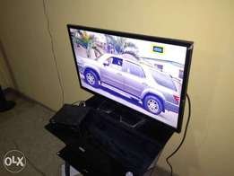 32' Samsung LED TV