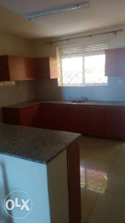 2,bedroom apartment for rent in kisaasi center at 490,000= Kampala - image 4