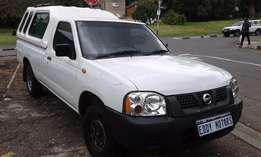 2011 model Nissan NP300 2.0 4x2 For Sale