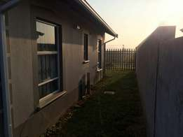 House To Rent at Salfin R 5 500.00