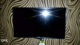 6 Months old 32 inches Panasonic LED TV