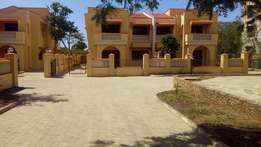 5 Bedroom Mansion in gated community for sale