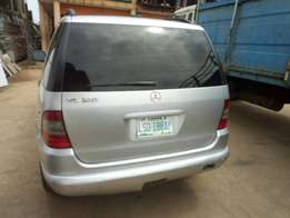 Neatly used mercedes benz Ml320 at give away price 1m only