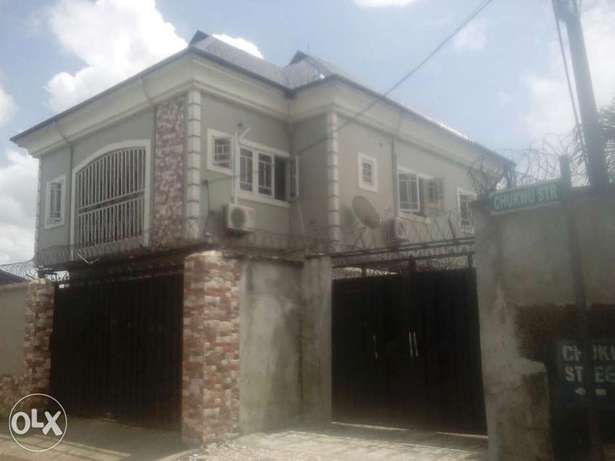 Standerd 2bedroom flat to let at stadium road just 2people in the comp Port Harcourt - image 1