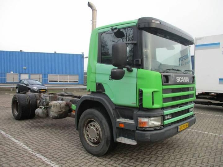 Scania 94 DB 4X2 NA 230 RHD - 2003 - image 3