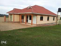 3 Bedrooms House for sale in Nalugala(Garuga road) on 25 Decimals