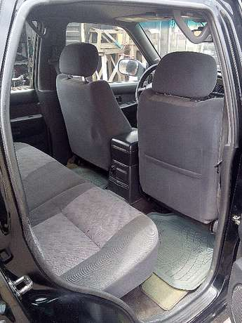 Nissan Pathfinder - 2000 model - registered Yaba - image 7