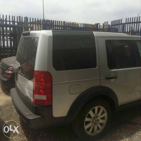 2006 LR3 Land Rover V8SE For Sale Lagos Mainland - image 2