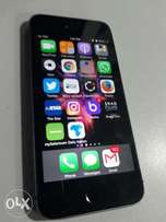 IPhone 5s sh17000 negotiable