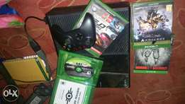 Good used xbox one with games