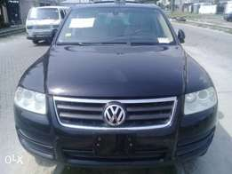 Tokunbo 2005 Volkswagen Tuareg full option