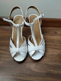 8df07c8db048fa Sandały sandałki na obcasie białe ślubne