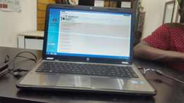 hp 17 inch .750,8gig ram windows 8 with original