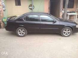 Neatly used Nissan Maxima 2000 for sale