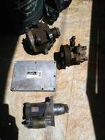 Toyota Voxy Alternator, AC pump, Starter