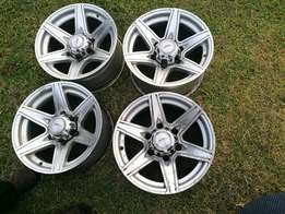 Toyota Hilux Mag 15inch rims