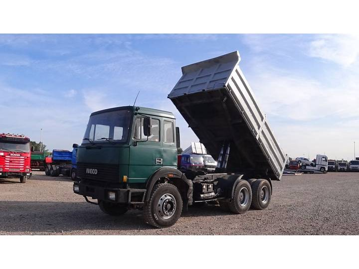 Iveco Turbostar 330 - 36 (BIG AXLE / STEEL SUSPENSION / WATER C... - 1989